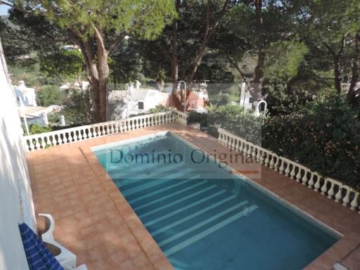 Vende-se - Moradia geminada V3 com piscina privada na Goncinha / Loulé | T3 | 3WC