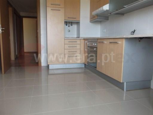 Apartamento T2 › S.P., Santiago, S.M. Castelo e S.Miguel, Matacães