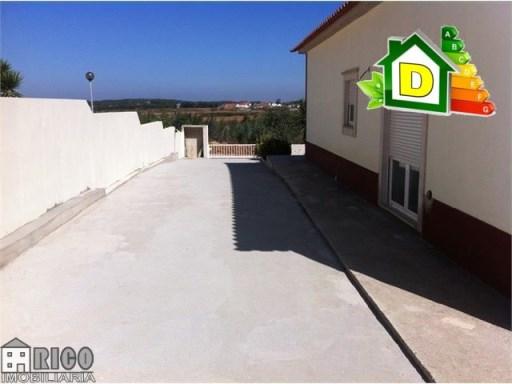 923MN - Moradia nova em S. Bartolomeu dos Galegos