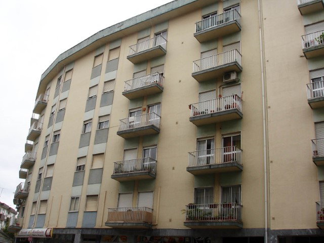 Apartamento T3 em Excelente Estado de Conservação, Junto ao Shopping, Para Venda