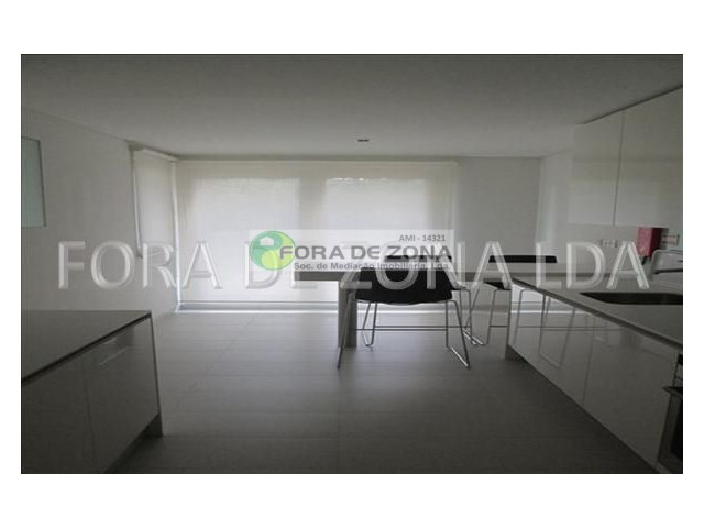 Apartamento T2 Triplex › Carvalhal