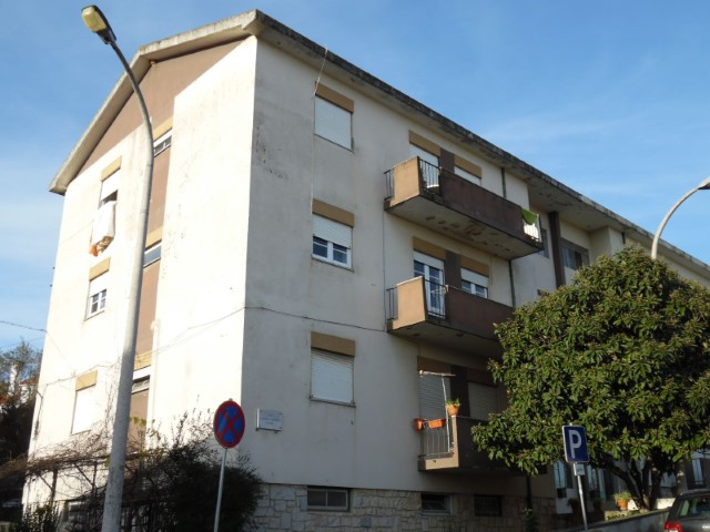 Apartamento T4 › Torres Novas (São Pedro), Lapas e Ribeira Branca