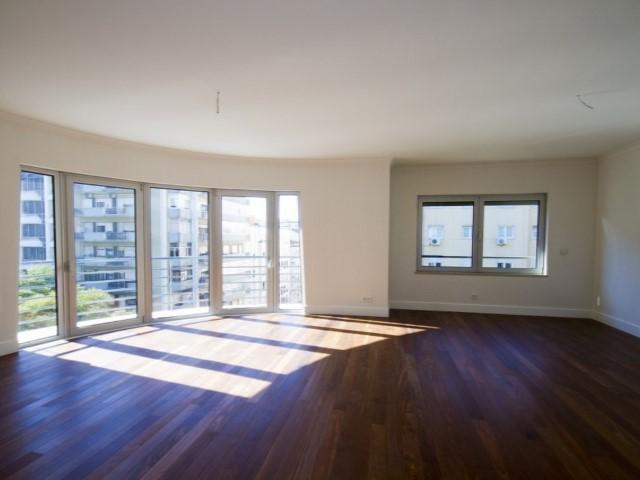 Apartamento T4, 5 assoalhadas, Lisboa, Avenidas Novas