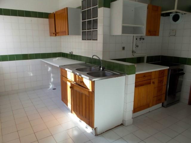 Apartamento T3 Excelente  Estado e Preço, Imóvel de Banco em Torres Novas, para Venda