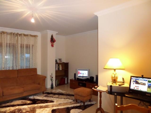 Apartamento T2 › Torres Novas (São Pedro), Lapas e Ribeira Branca