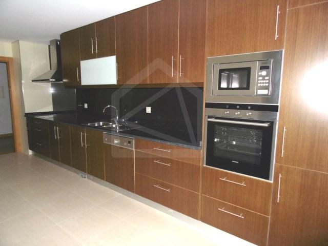 Apartamento T3 › São João da Madeira