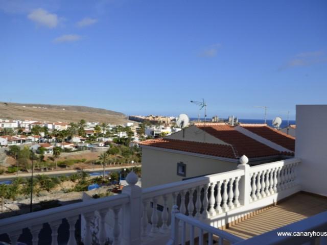 Apartamento tipo duplex, en venta en Arguineguin, Gran Canaria.