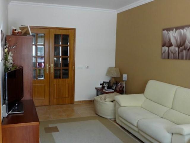 Apartamento T2 + 1 com Arrecadação, em Almeirim, para Venda