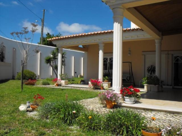 Fabulosa moradia com jardim próxima a Torres Vedras!!!