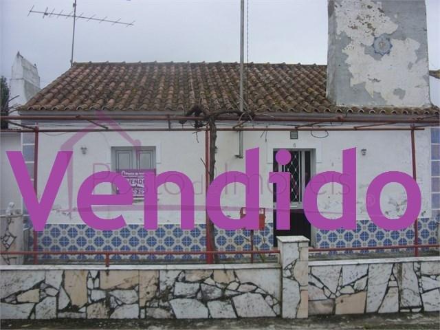 Moradia  › Ameixial (Santa Vitória e São Bento)