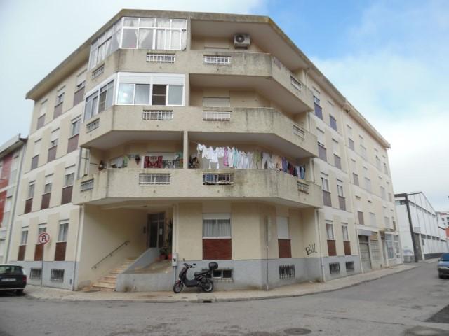 Apartamento T2 › São João Baptista