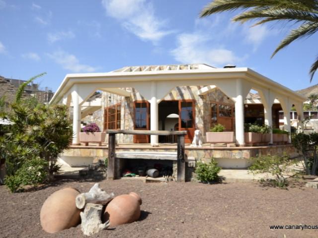 Villa en venta, excepcional mansión recién construida, en Tauro Golf, Mogan, Gran Canaria.