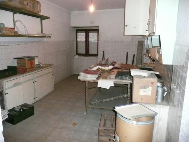 Apartamento T0 › Algés, Linda-a-Velha e Cruz Quebrada-Dafundo
