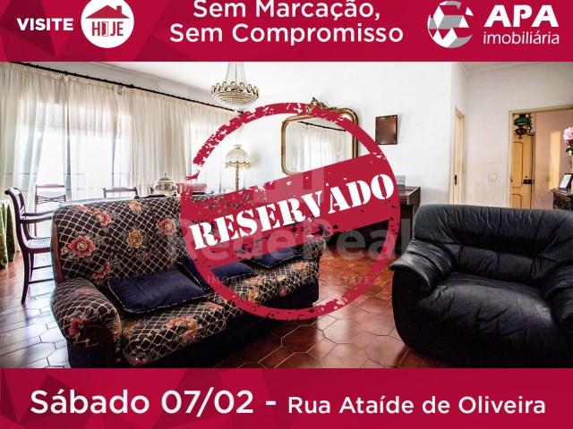 Apartamento T3 › Faro (Sé e São Pedro)