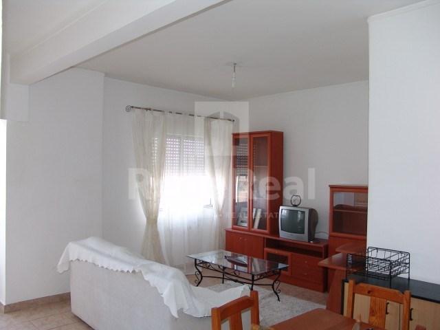 Apartamento T2 › Faro (Sé e São Pedro)