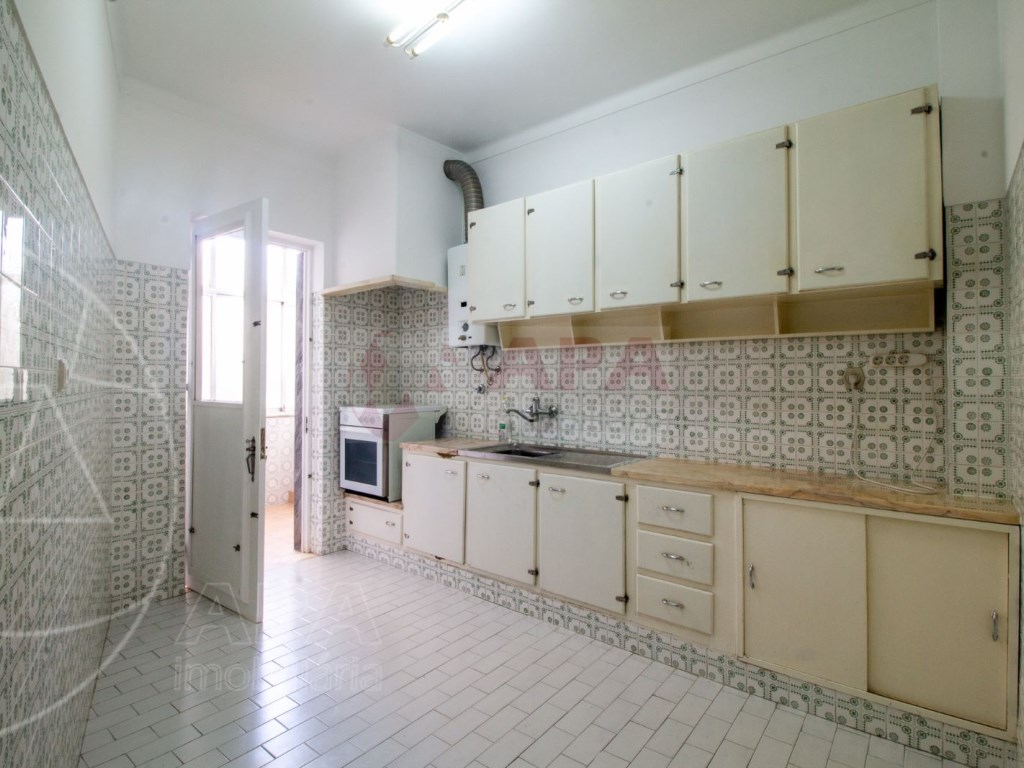 1 Bedroom Apartment in Centro, Faro (Sé e São Pedro) (3)