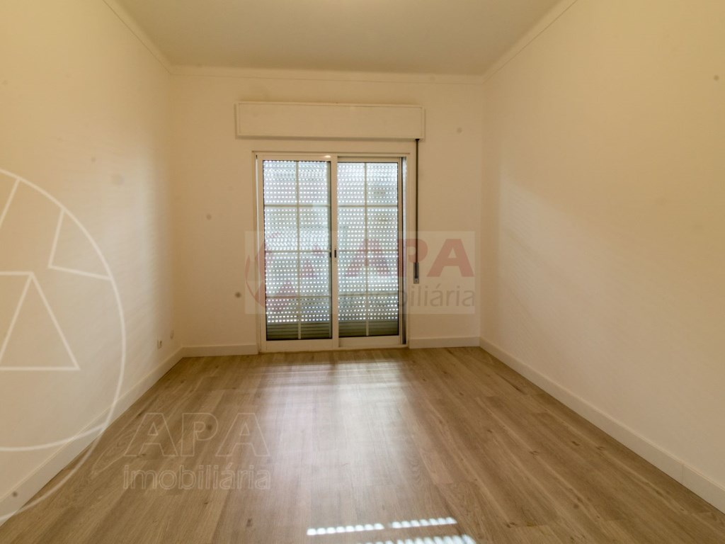 1 Bedroom Apartment in Centro, Faro (Sé e São Pedro) (9)