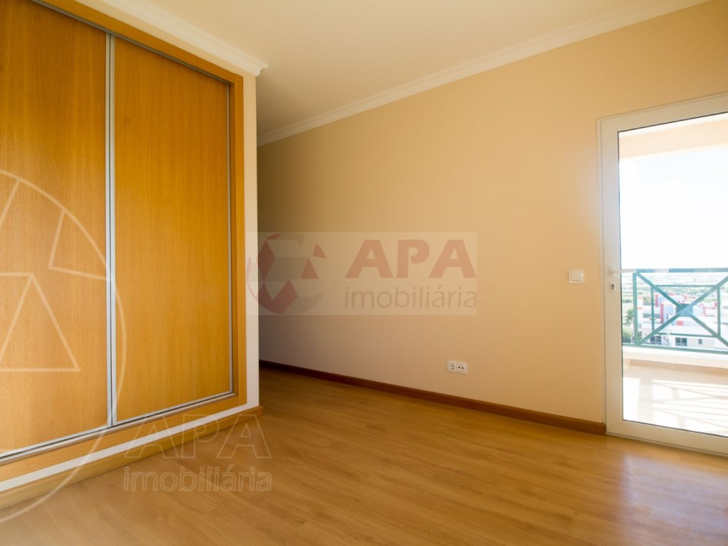 T5 Apartamento in Faro (Sé e São Pedro) (14)