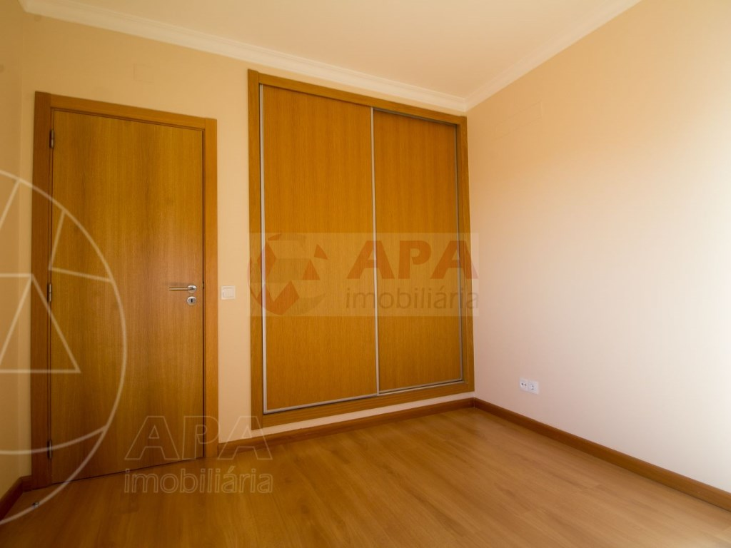 T5 Apartamento in Faro (Sé e São Pedro) (20)