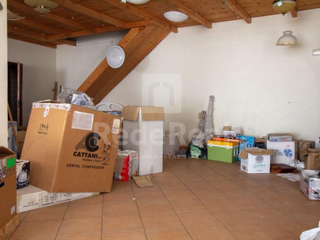 Loja in Faro (Sé e São Pedro) (2)