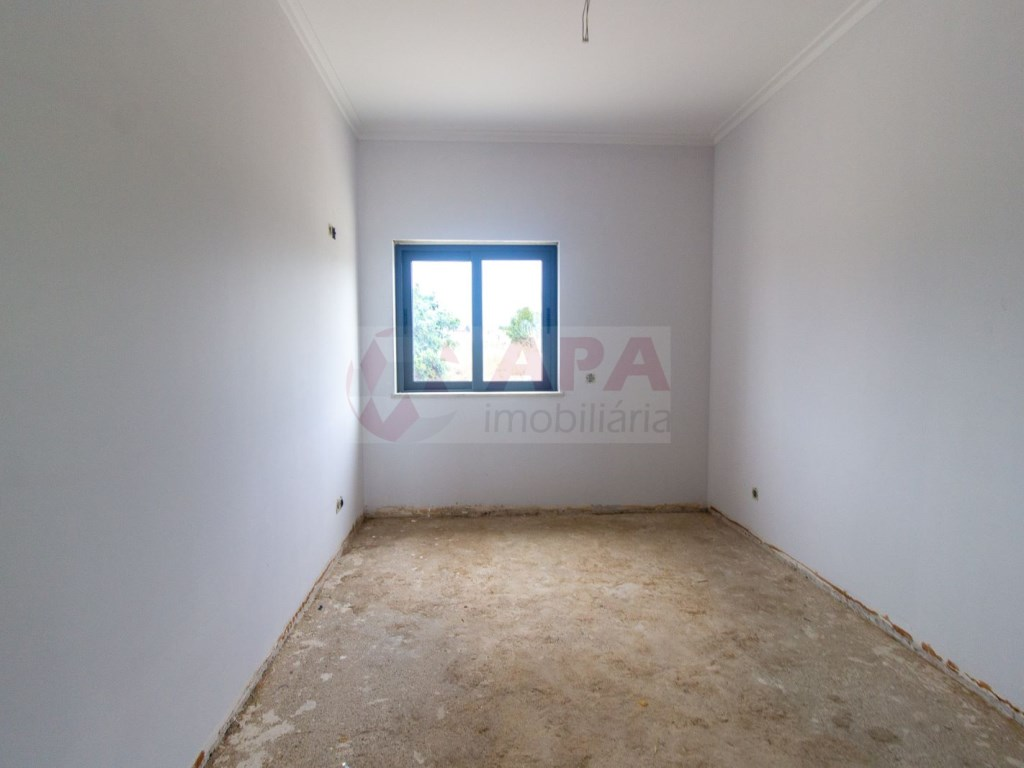 3 Pièces Appartement in Quelfes (16)