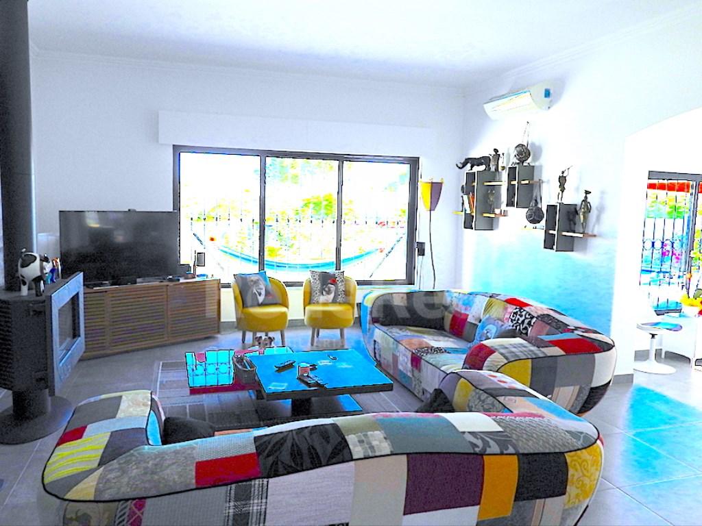 5 Bedrooms House in Olhos de Água, Albufeira e Olhos de Água (19)