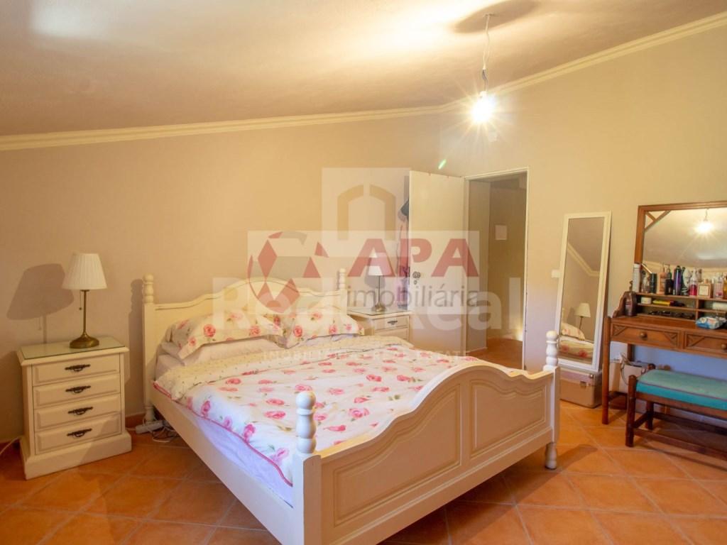 3 Bedrooms House in Faro (Sé e São Pedro) (11)