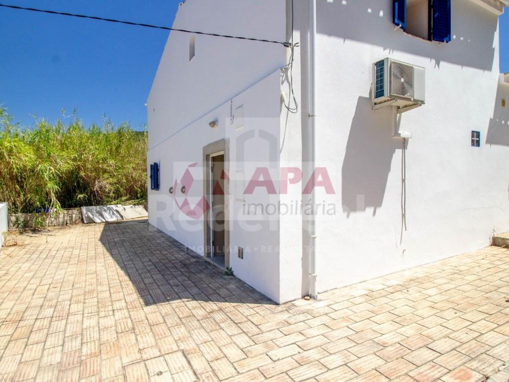 3 Bedrooms House in Faro (Sé e São Pedro) (16)