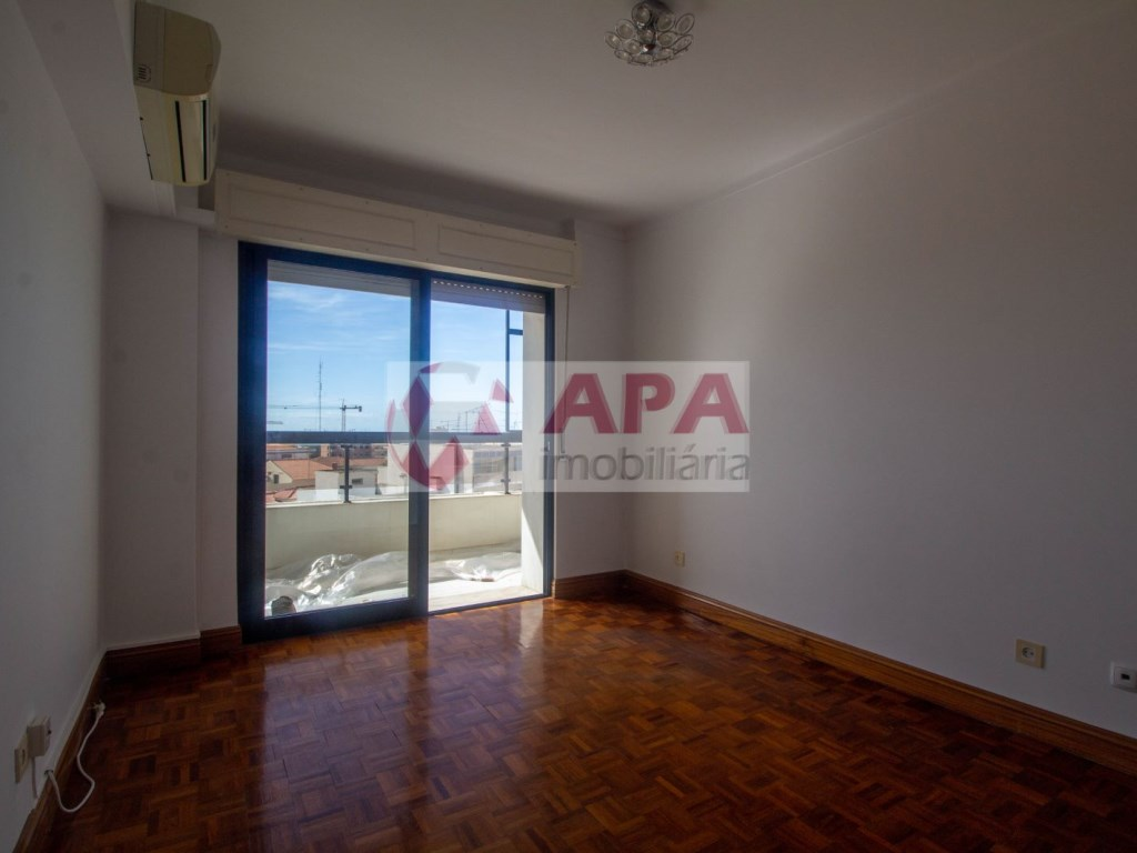 3 Pièces Appartement in Av 5 de Outubro, Faro (Sé e São Pedro) (10)