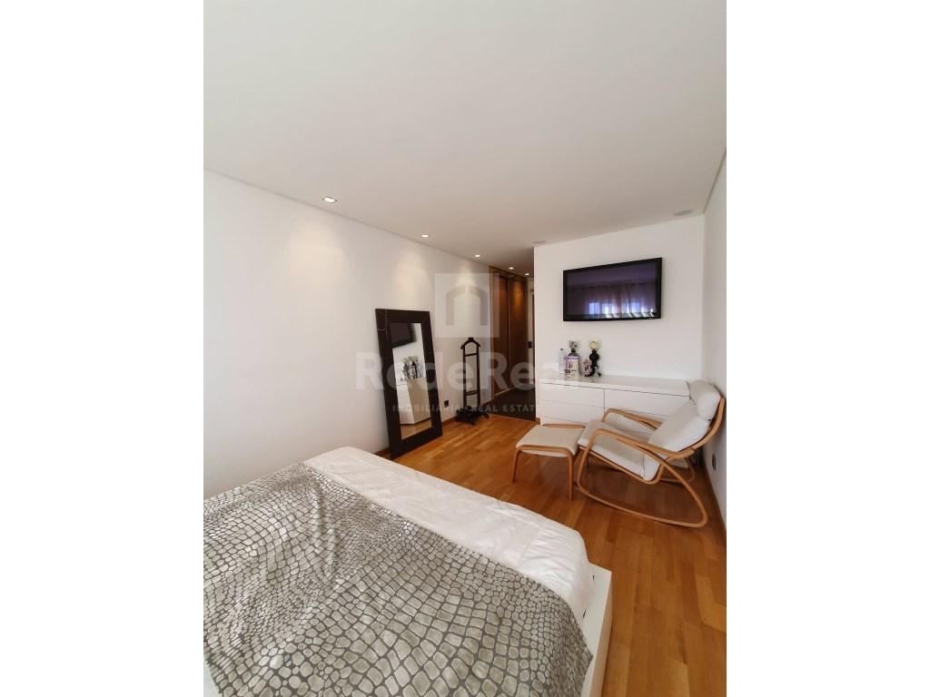 4 Bedrooms Apartment in Faro (Sé e São Pedro) (14)