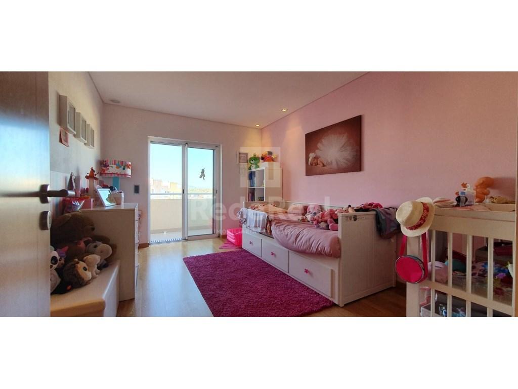4 Bedrooms Apartment in Faro (Sé e São Pedro) (18)