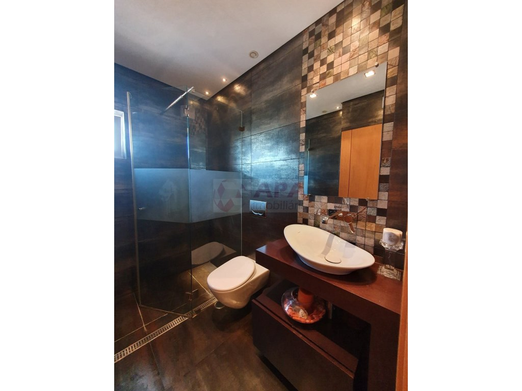 4 Bedrooms Apartment in Faro (Sé e São Pedro) (23)