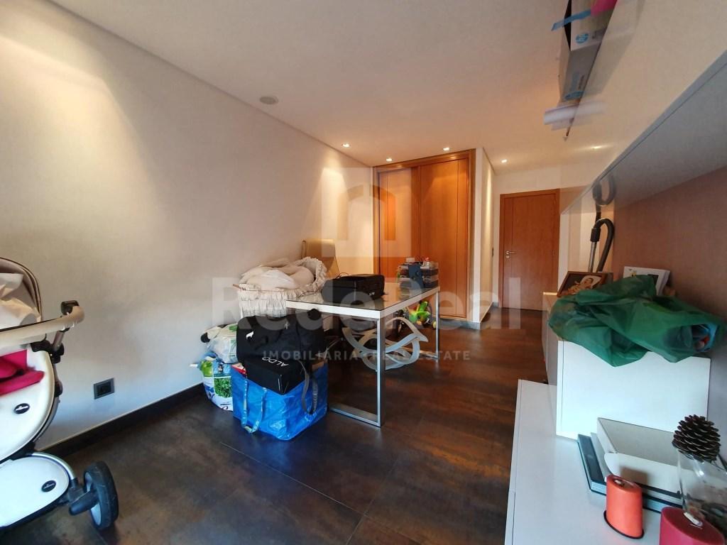 4 Bedrooms Apartment in Faro (Sé e São Pedro) (25)