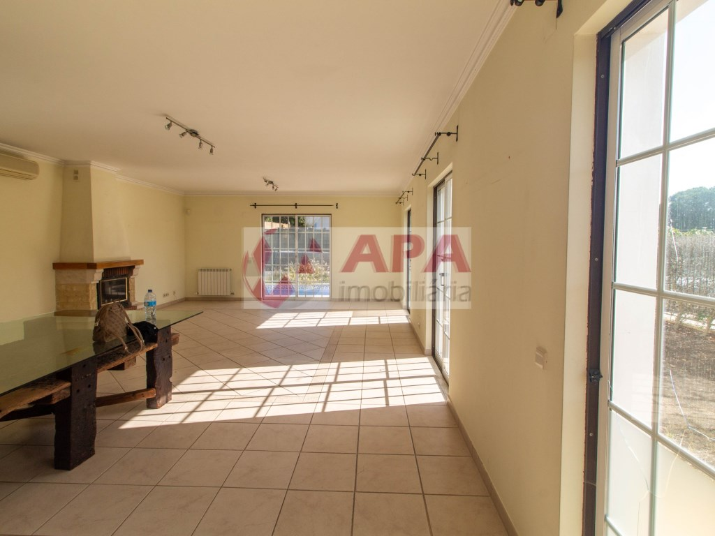 4 Bedrooms House in Almancil (3)