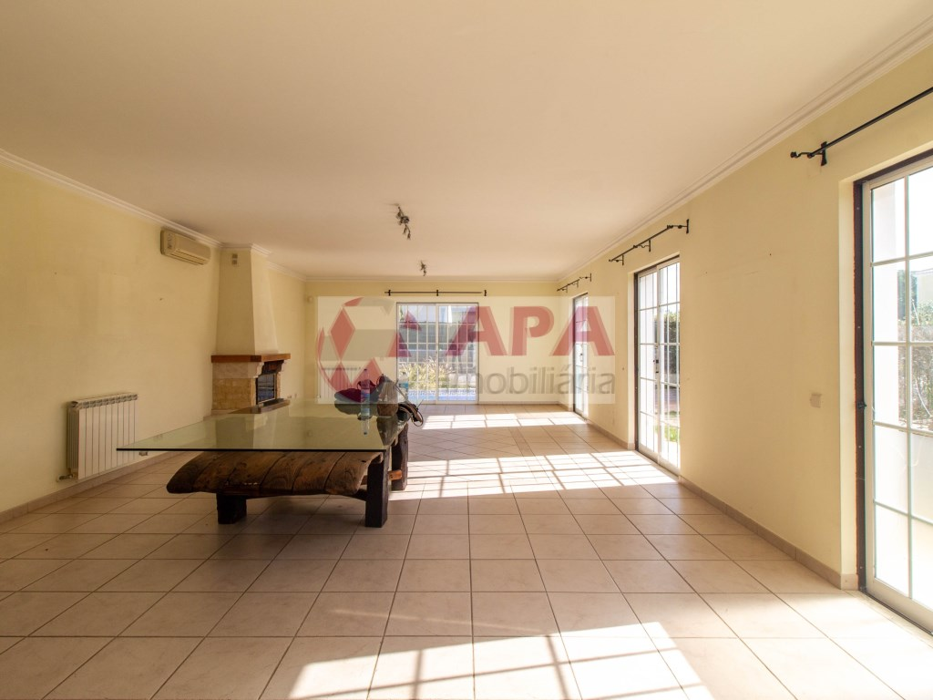 4 Bedrooms House in Almancil (4)