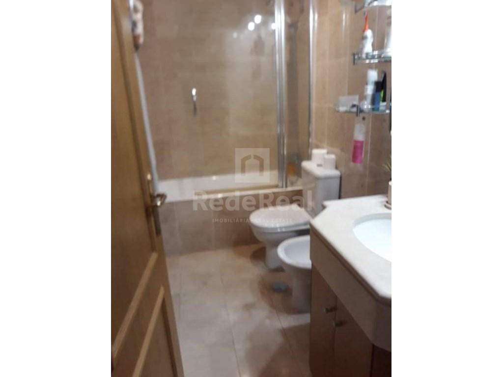 0 Pièces + 1 Chambre intérieur Appartement in Faro (Sé e São Pedro) (9)