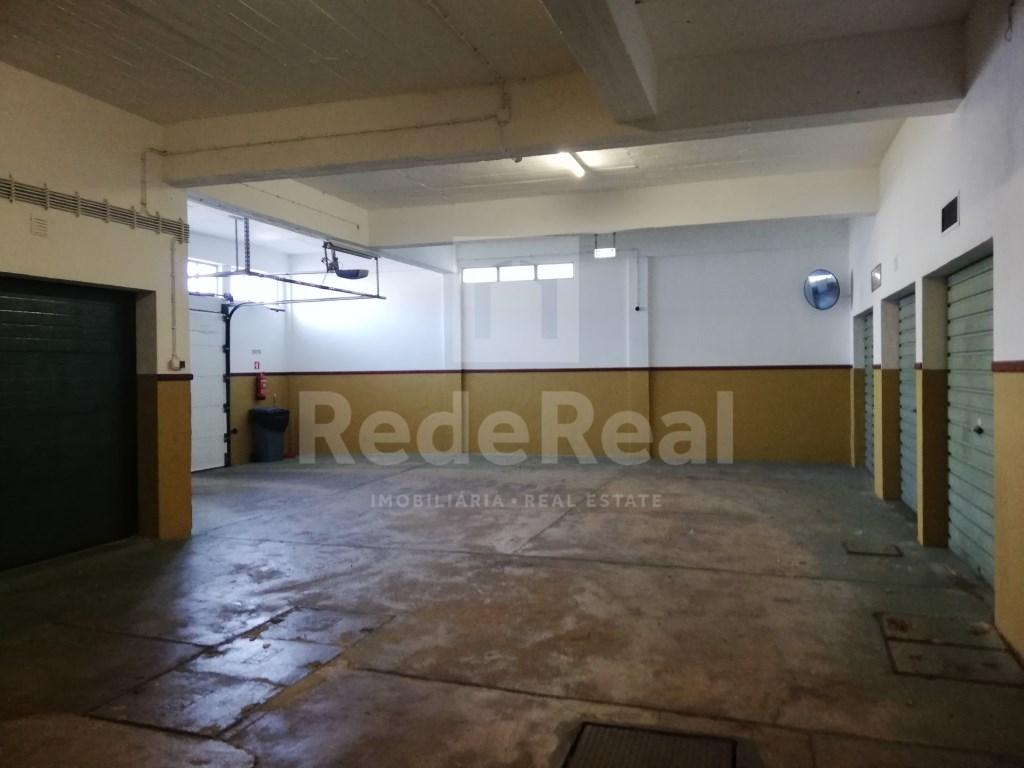 Garagem in Faro (Sé e São Pedro) (2)