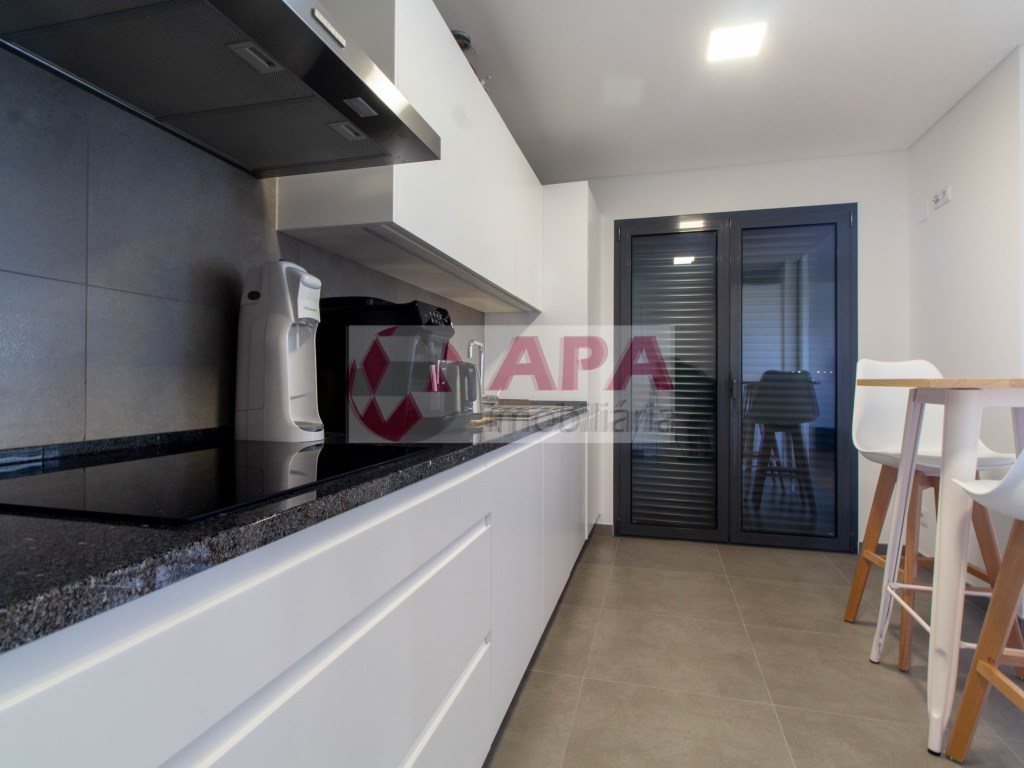 3 Bedrooms Apartment in Faro (Sé e São Pedro) (13)