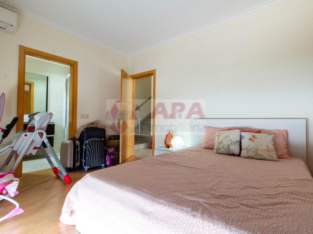 T3 Apartamento in Quelfes (22)
