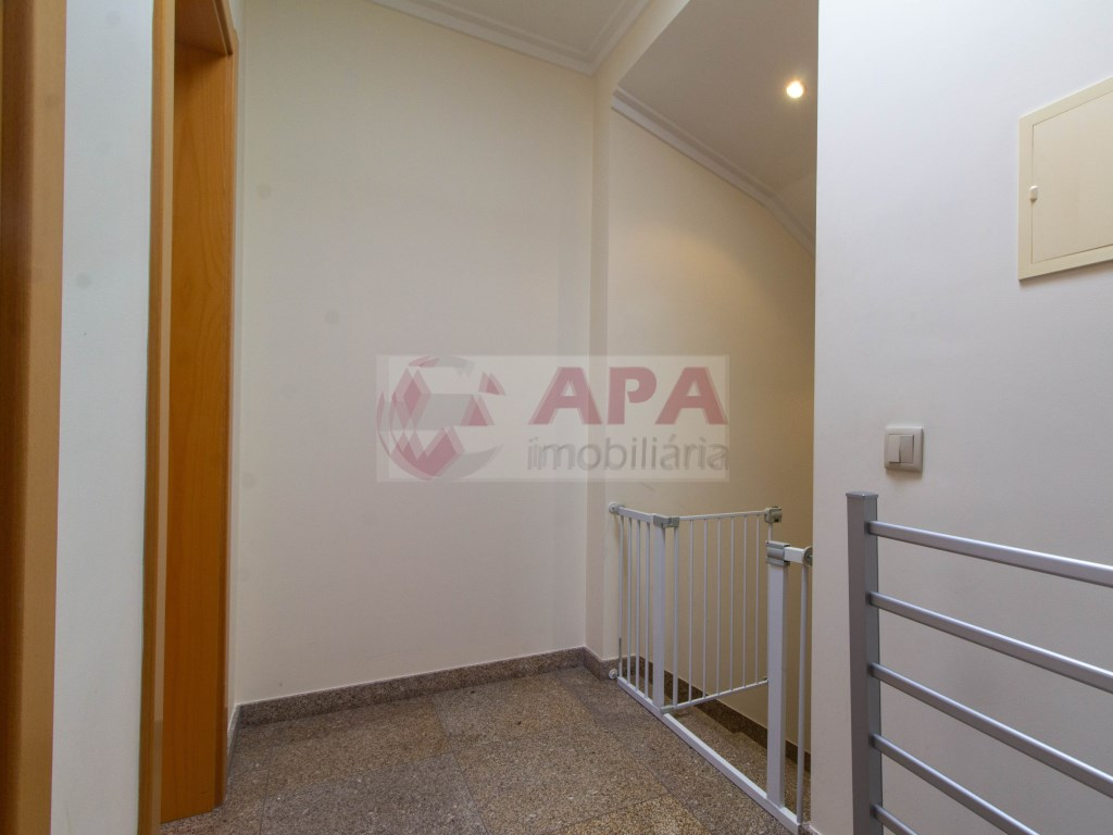T3 Apartamento in Quelfes (29)
