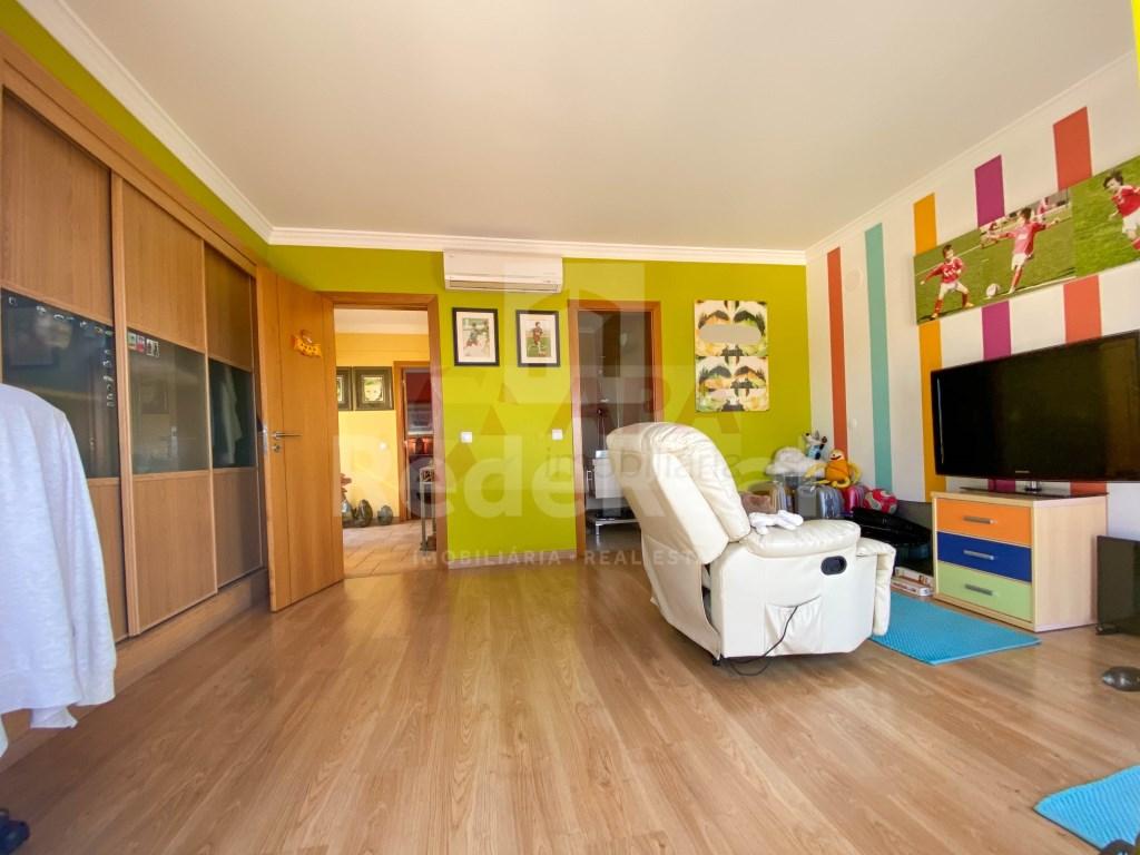 T4 Apartamento in Faro (Sé e São Pedro) (13)