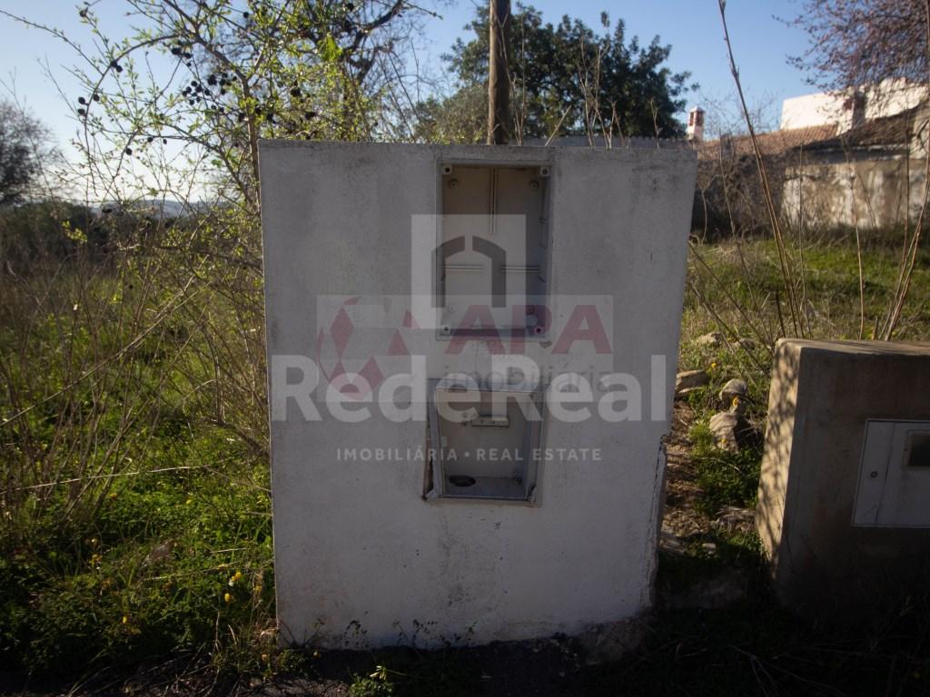 Ruine in Gorjões, Santa Bárbara de Nexe (23)