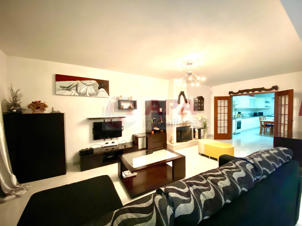 5 Pièces + 1 Chambre intérieur Maison in Fuseta, Moncarapacho e Fuseta (3)