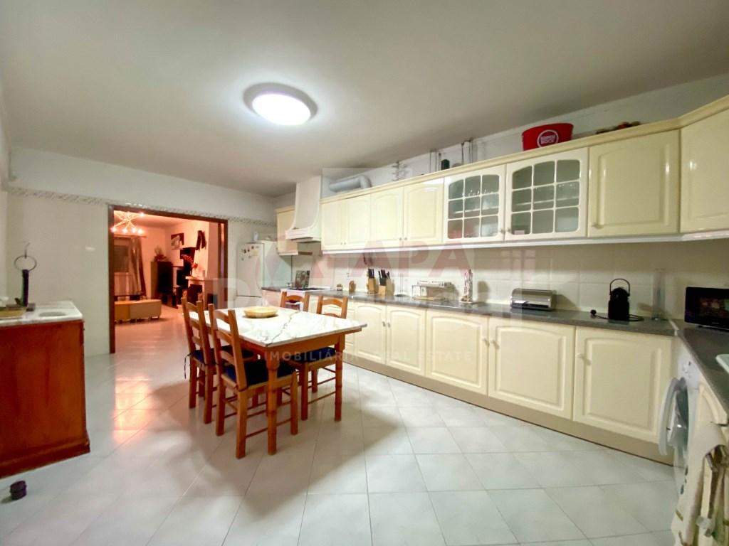 5 Pièces + 1 Chambre intérieur Maison in Fuseta, Moncarapacho e Fuseta (5)