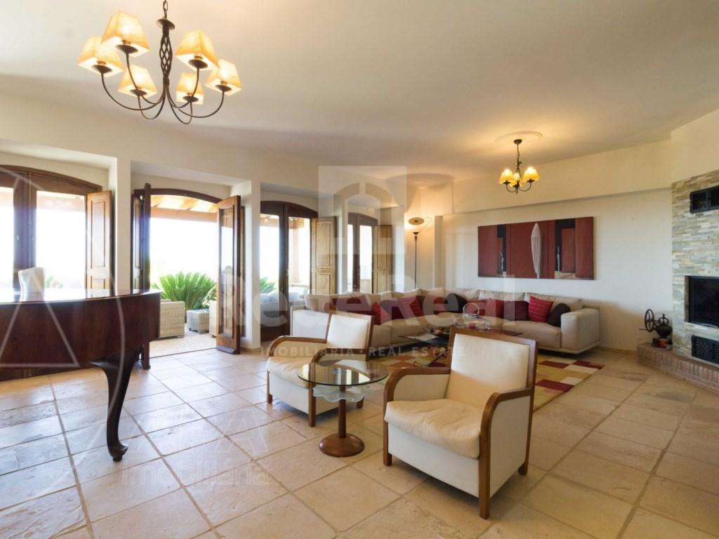 Incredible 5 bedroom vila sea view swimming pool Faro  (7)