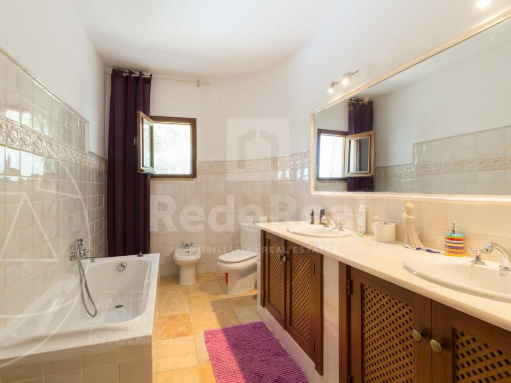 Incredible 5 bedroom vila sea view swimming pool Faro  (12)