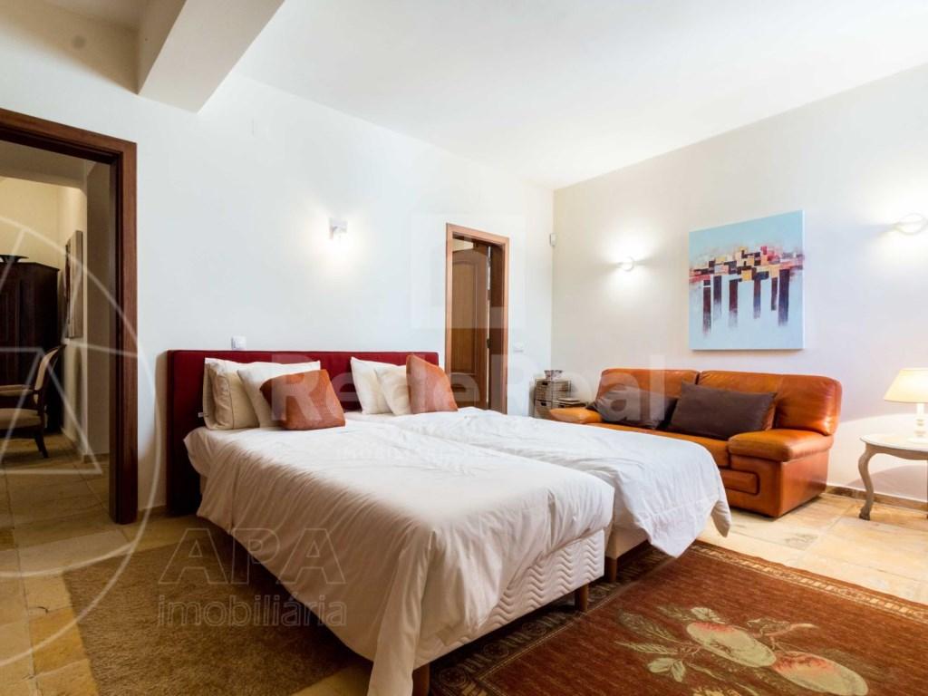 Incredible 5 bedroom vila sea view swimming pool Faro  (13)