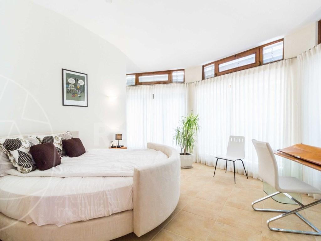 Incredible 5 bedroom vila sea view swimming pool Faro  (17)