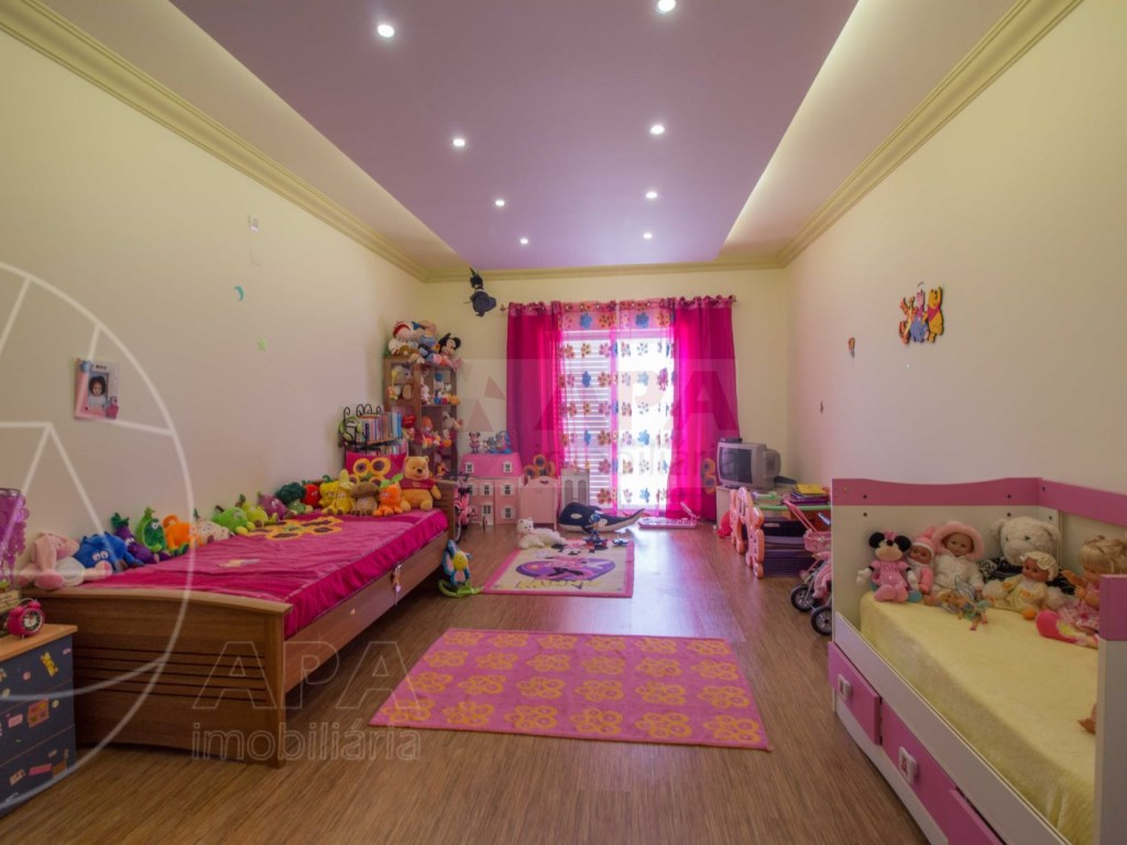 4 bedrooms villa  in Conceição  (17)
