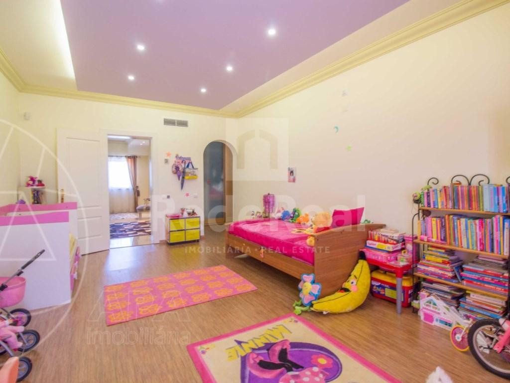 4 bedrooms villa  in Conceição  (18)